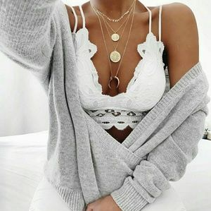 Accessories - SO THIS IS LOVE Scalloped lace bralette - WHITE